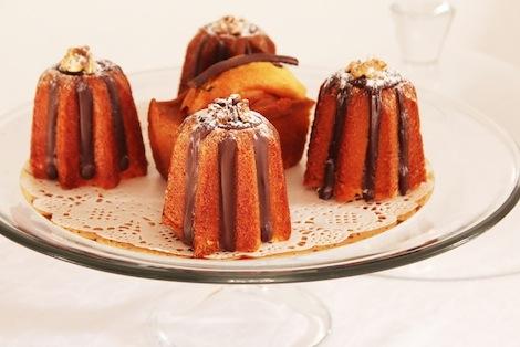 Léger & savoureux, notre cake au chocolat saura être le compagnon idéal de vos petites faims à tout moment de la journée. - Pâtisserie Amandine Marrakech